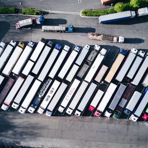 Vrachtwagen leasen. De oplossing voor uw transport bedrijf